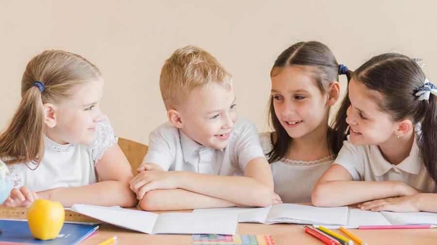 ¿Qué hacer para que los niños hablen inglés?